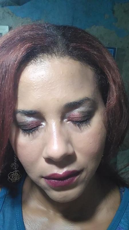 Maquiagem noite maquiagem maquiador(a) designer de sobrancelhas manicure e pedicure massagista cabeleireiro(a) outros
