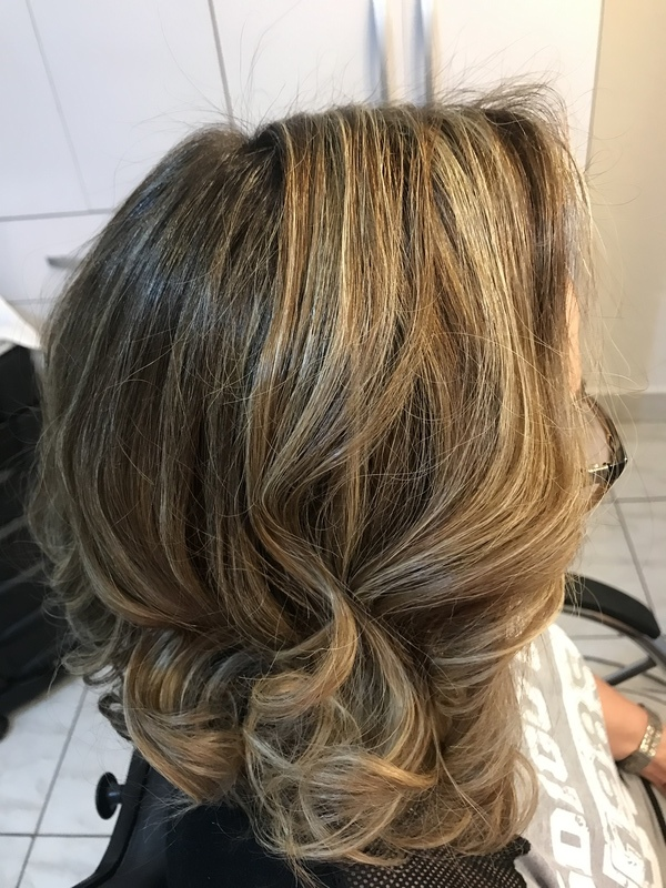 Morena iluminada! cabelo cabeleireiro(a)