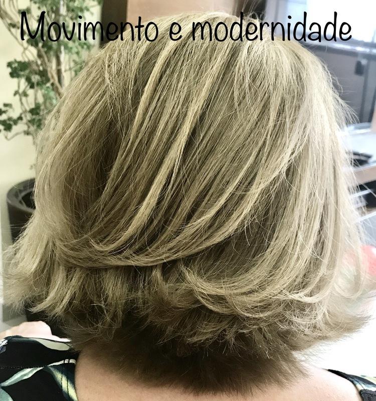 Cobertura de branco, corte e escova. cabelo cabeleireiro(a) maquiador(a)