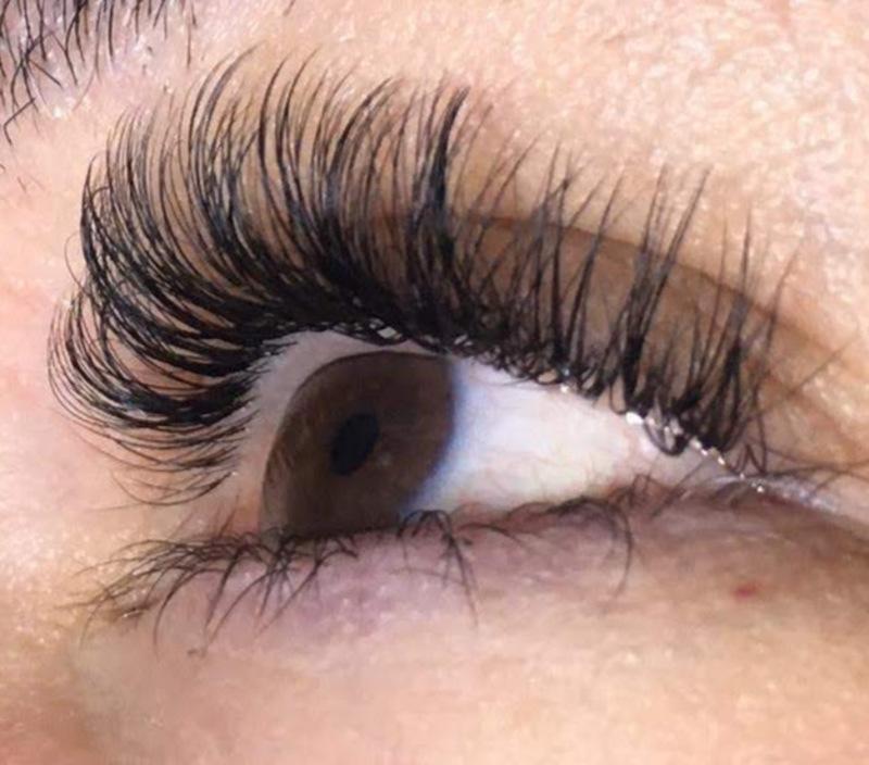 Extensão de cílios  outros cabeleireiro(a) stylist / visagista
