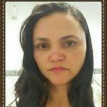 Thea Pinheiro