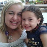 Renata G Soares