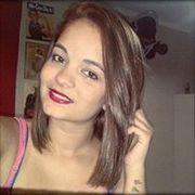 Yasmin Canuto