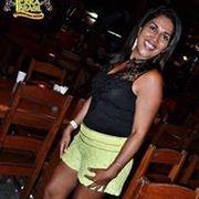 Paula Nelia Menezes
