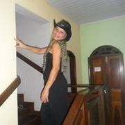 Nell Santos