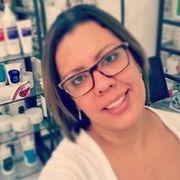 Elaine Cris de Oliveira