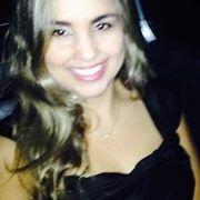 Tatiane Santos