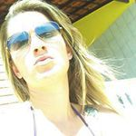 Suzanne Alves