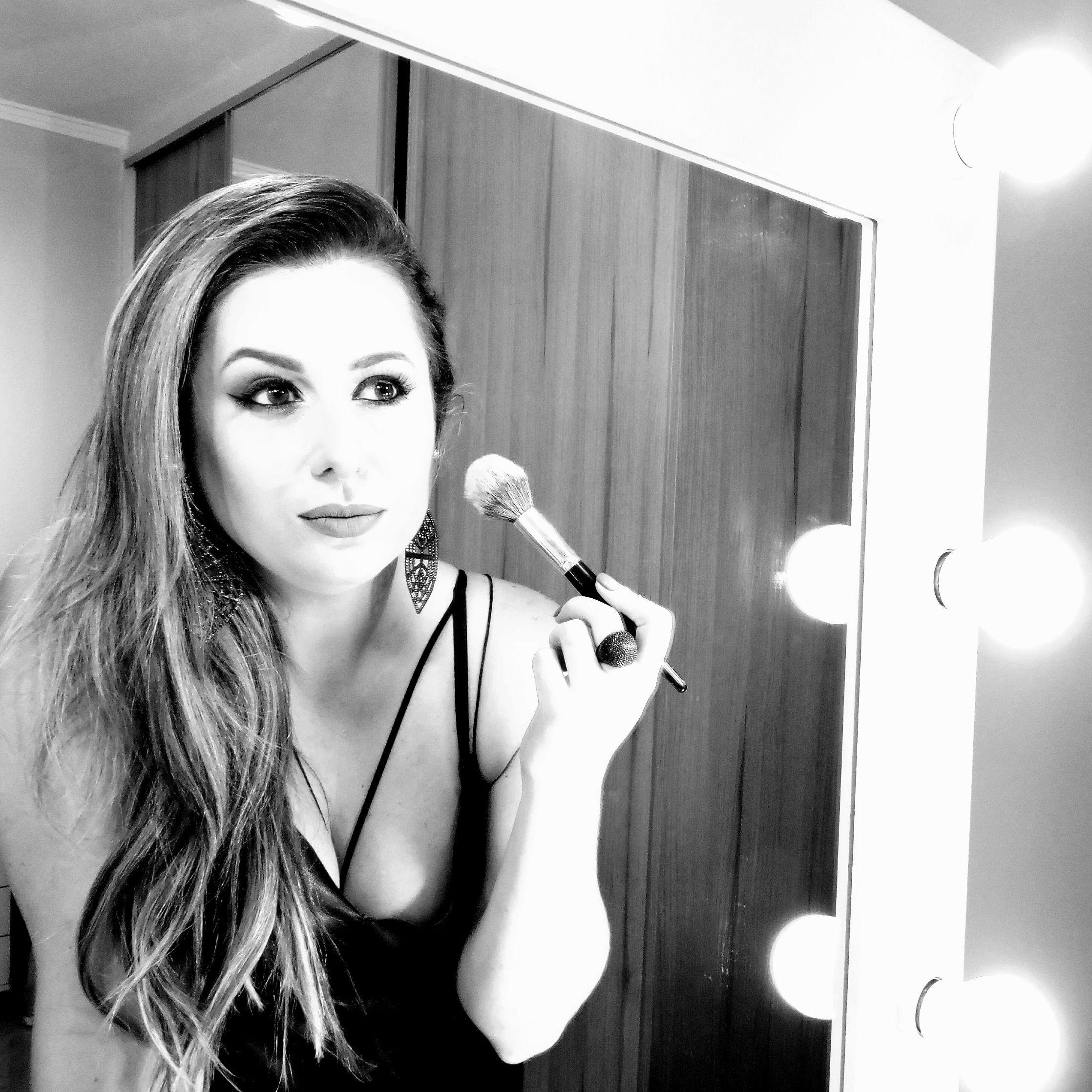 Juliana Sória Sobre o Carreira Beauty