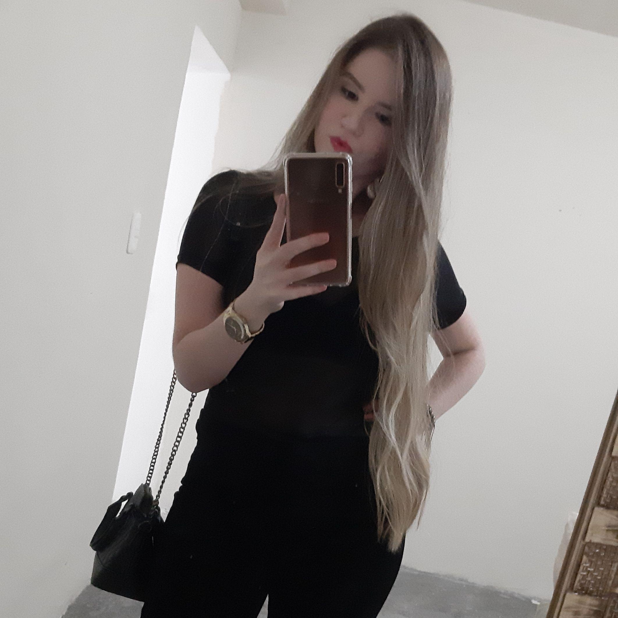 Adriana Alves Silva Negócios