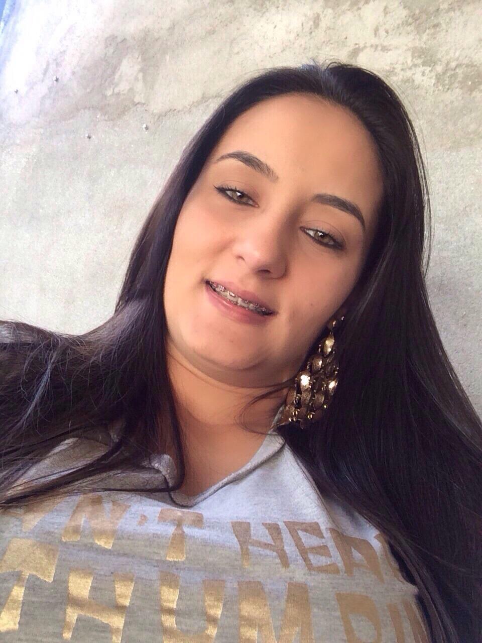 Julia  Figueiredo Negócios