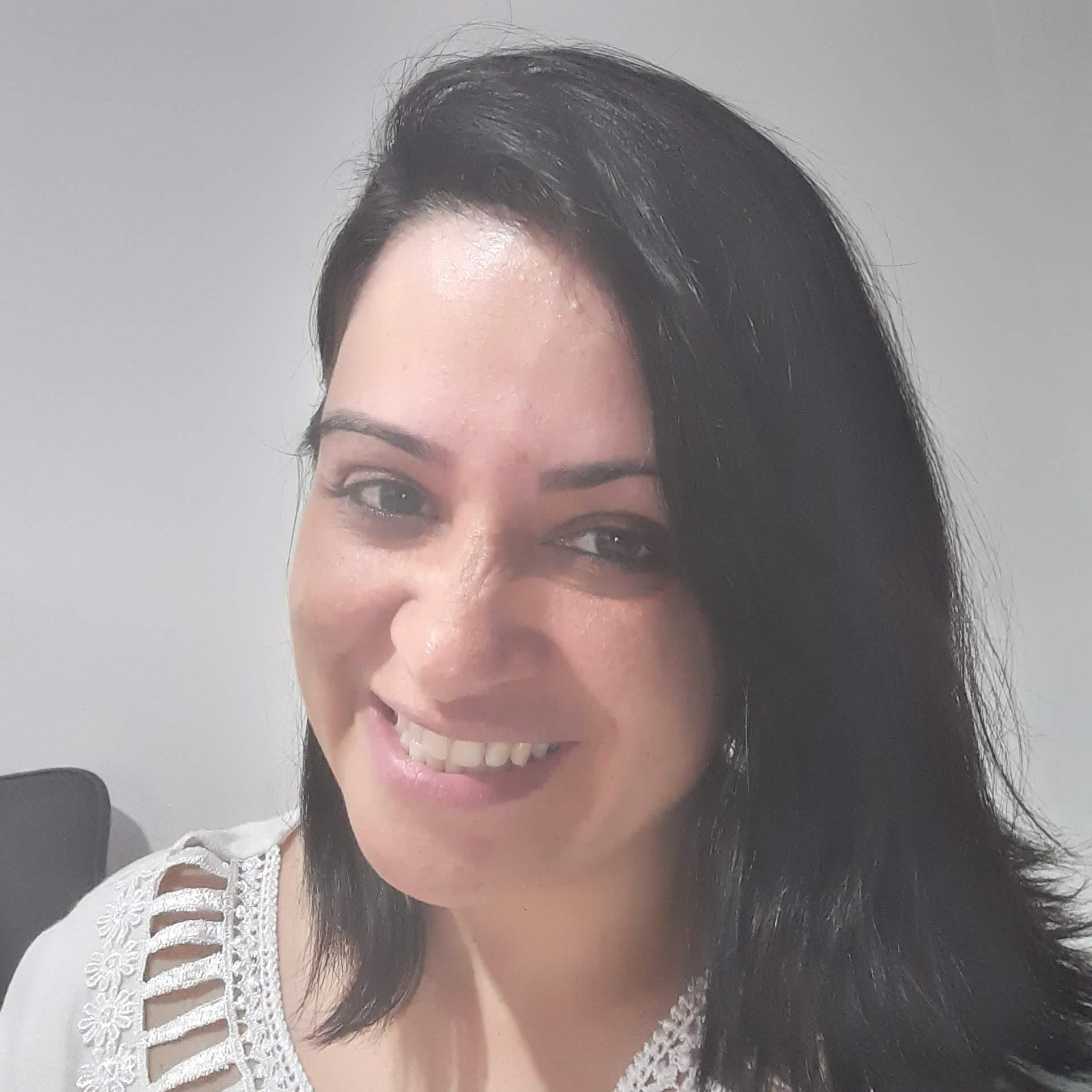 Patthy Nogueira  Sobre o Carreira Beauty