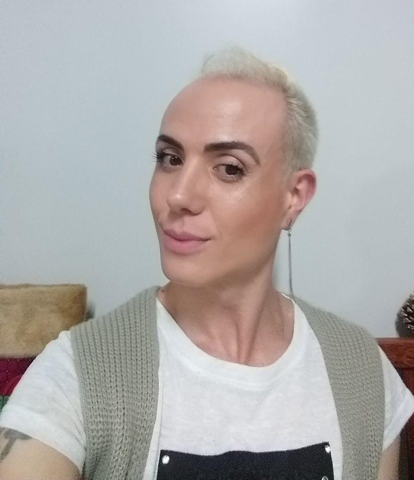 André Costa Mendes Sobre o Carreira Beauty